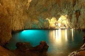 09cd01eee0-grotta-smeraldo