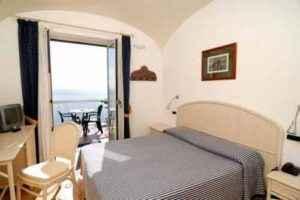 hotel bellevue amalfi stanza