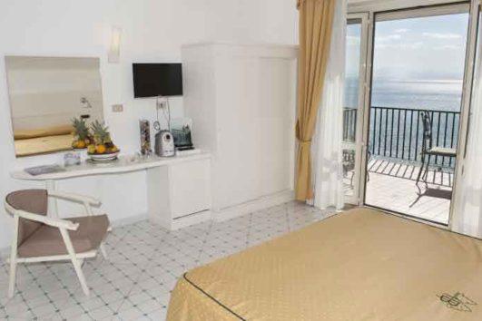hotel-bristol-stanza